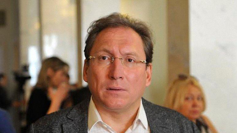 Олег Крышин - владелец табачной фабрики, где производят контрафакт - фото 1