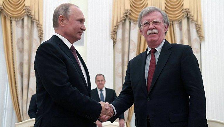 Болтон и Путин договорились о саммите США-РФ - фото 1