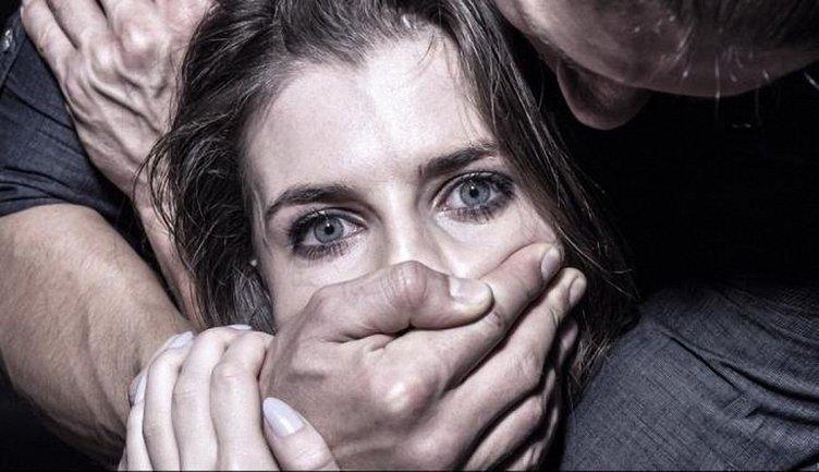 Насильник напал на двух женщин за один вечер - фото 1