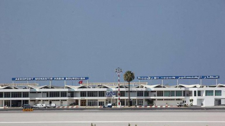 Часть украинских туристов, которые не могли вылететь из Туниса, вернулась в Киев - фото 1