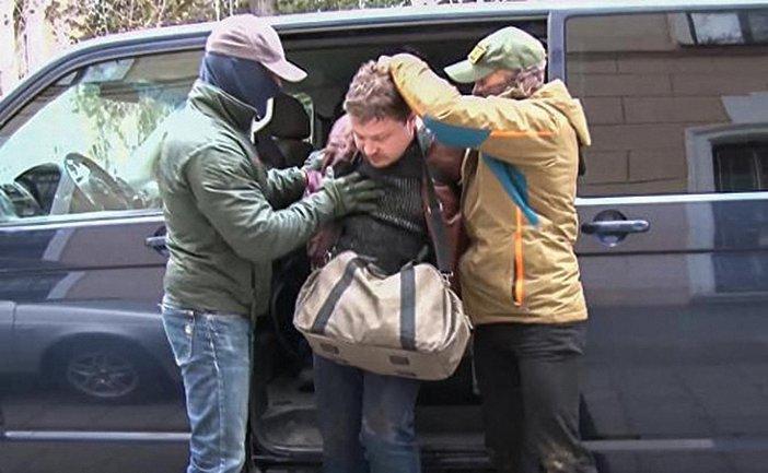 Россияне похищают и пытают жителей Крыма - фото 1
