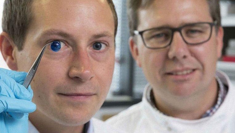 Ученые создали на 3D-принтере прозрачную наружную оболочку глаза - фото 1