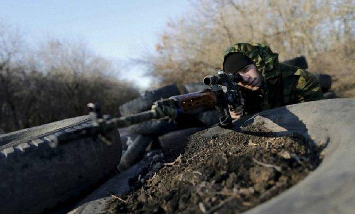 Российские снайперы обстреляли гражданских - фото 1