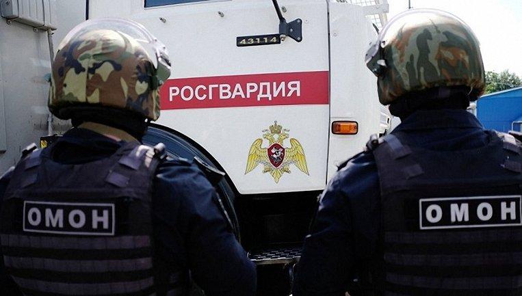 ЧМ-2018: росгвардейы избили дубинками болельщика - фото 1