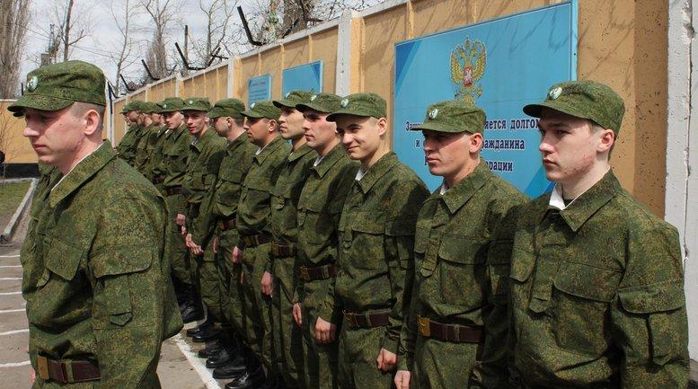 Жителей Донецка выгнали из домов, чтобы расселить солдат РФ - фото 1