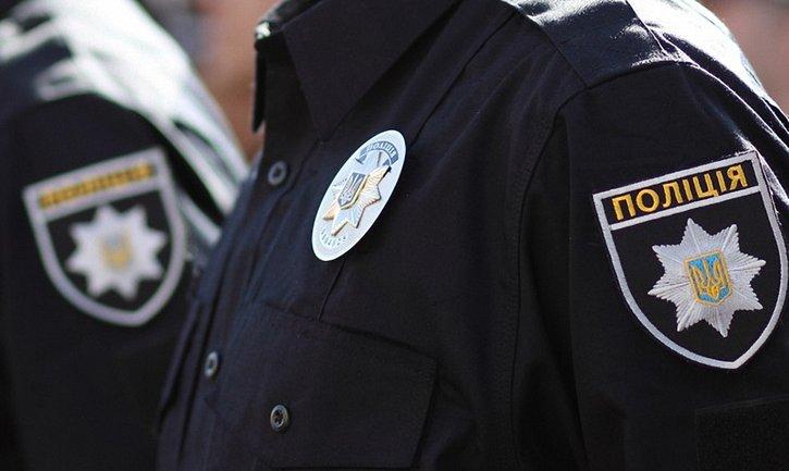 Полицейских, которые избили мужчину в Харькове, решили уволить - фото 1
