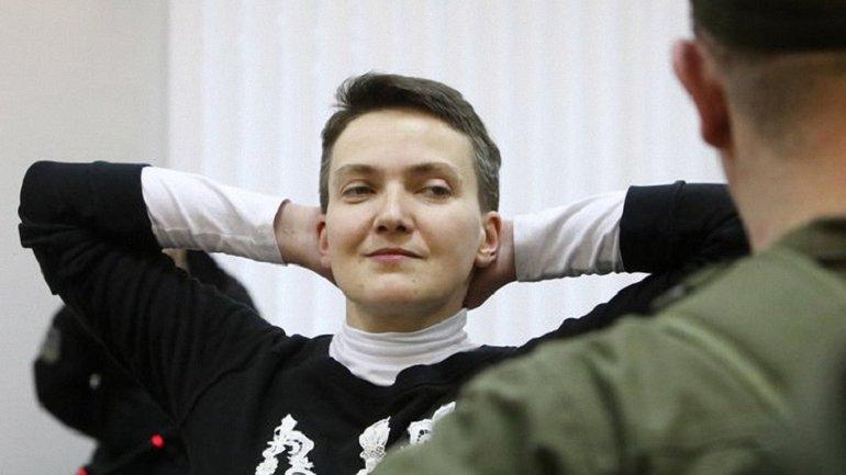Суд эвакуировали во время рассмотрения дела Савченко - фото 1