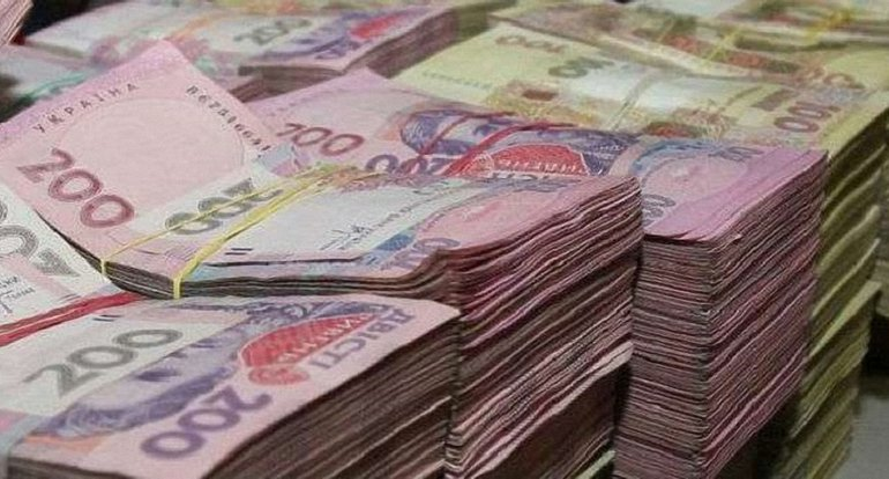 Известна миллионна сумма отпускных, которую получили украинские депутаты - фото 1