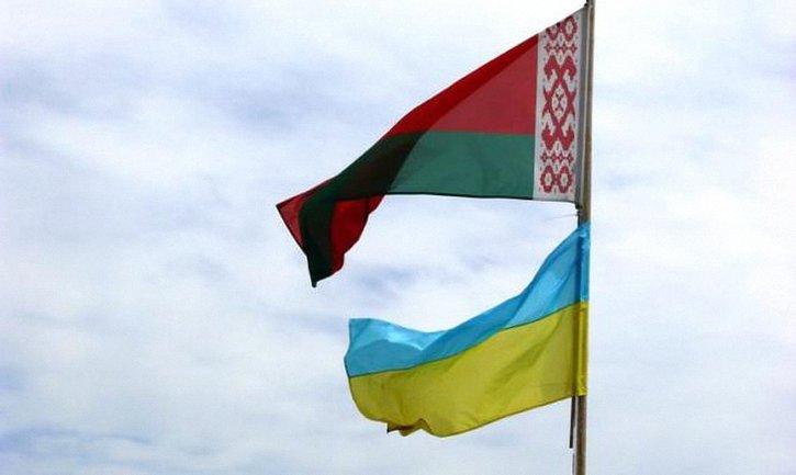 Зачем на самом деле в Украину прилетели военные из Беларуси? - фото 1