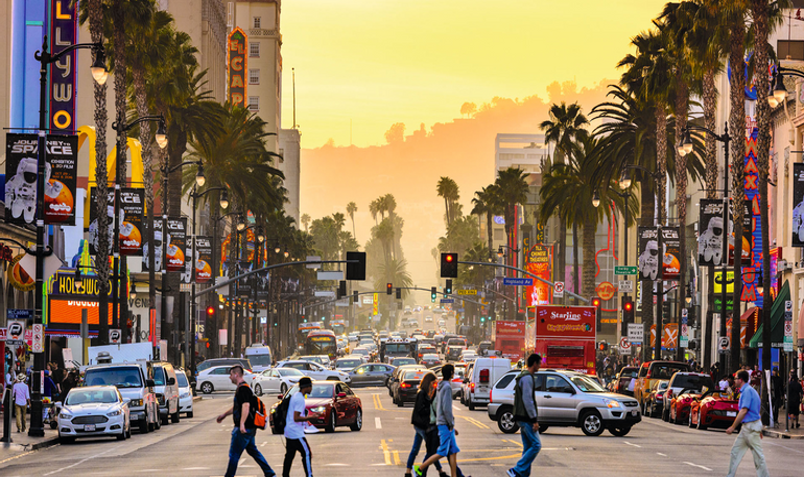 """В сети показали город из фильма """"Однажды в Голливуде"""" - фото 1"""