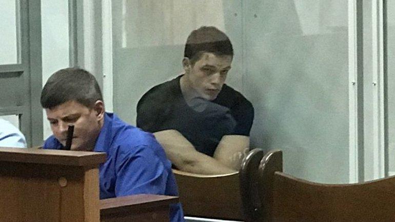Кирилл Островский пояснил, зачем снял номера с машины - фото 1