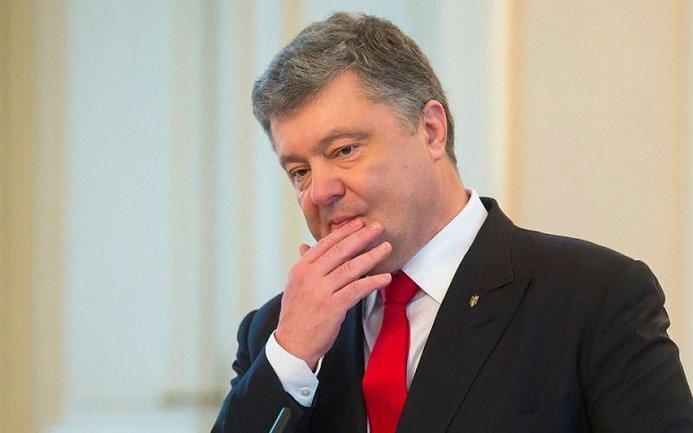 """Порошенко ветировал закон о введении """"единого окна"""" - фото 1"""