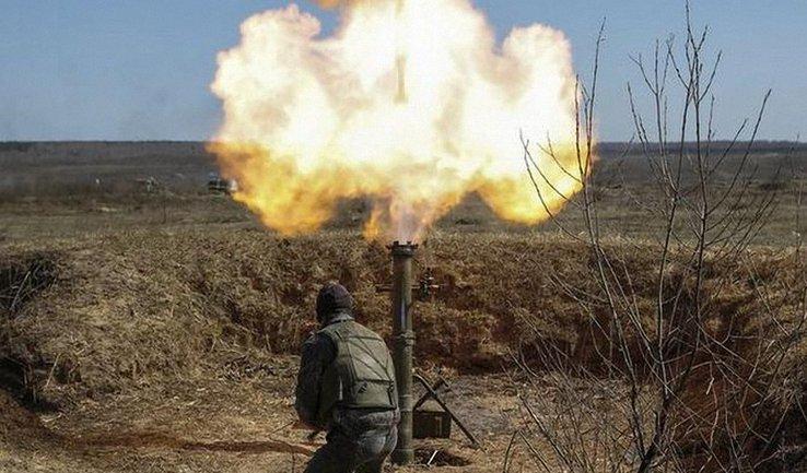 На Донбассе не стихают бои - фото 1