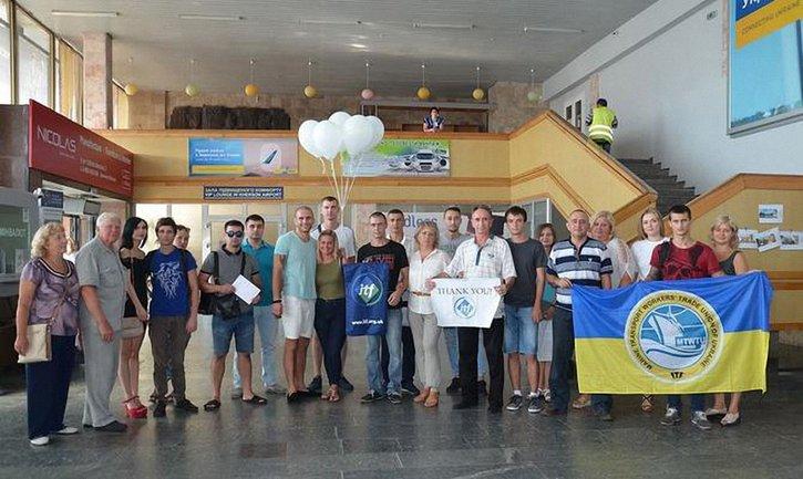Украинские моряки вернулись домой - фото 1
