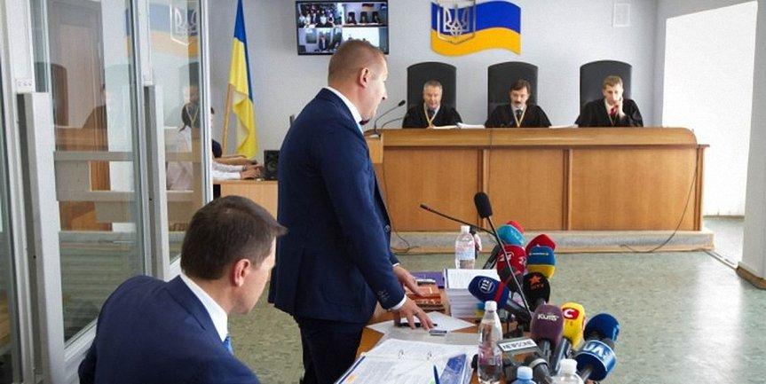 Януковича будет представлять бесплатный адвокат - фото 1