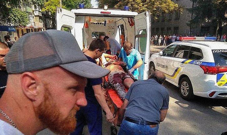 Депутат Каменского горсовета находится в тяжелом состоянии после покушения - фото 1