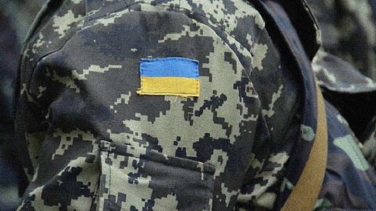 В Лисичанске пьяные убили военного - фото 1