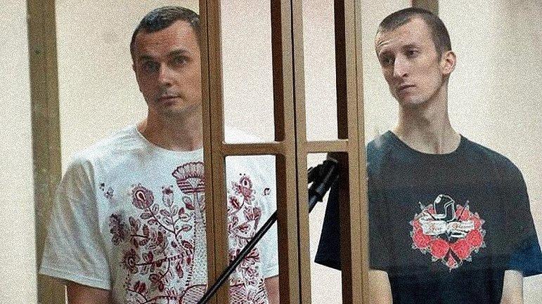 Симферопольские художники напомнили оккупантам о Сенцове и Кольченко - фото 1