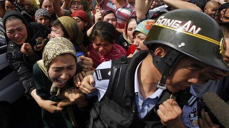 В Китае тайно удерживают миллион мусульман-уйгуров - фото 1