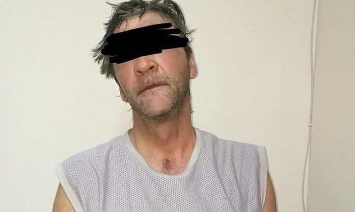 50-летний одессит облил кислотой школьника - фото 1