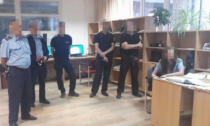 На Закарпатской таможне провели обыски с задержаниями - фото 1