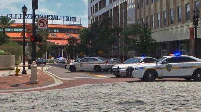 В The Jacksonville Landing во время турнира по видеоиграм расстреляли геймеров - фото 1