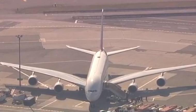 Пятая часть пассажиров заразилась неизвестной болезнью во время полета - фото 1