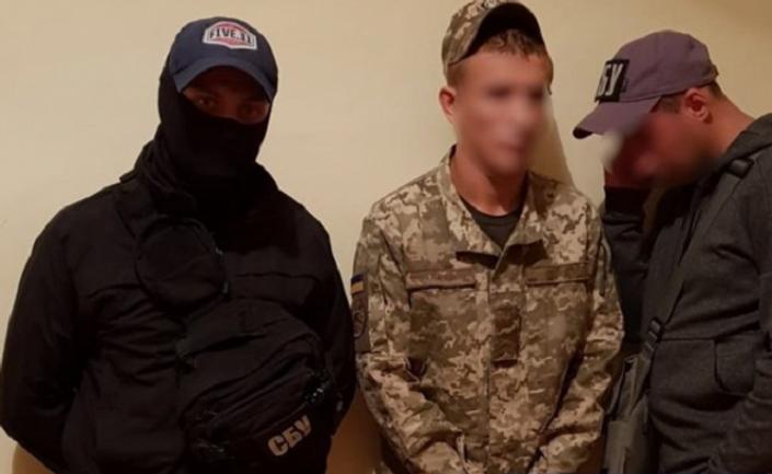 В Киеве задержали наркоторговцев ВСУ - фото 1