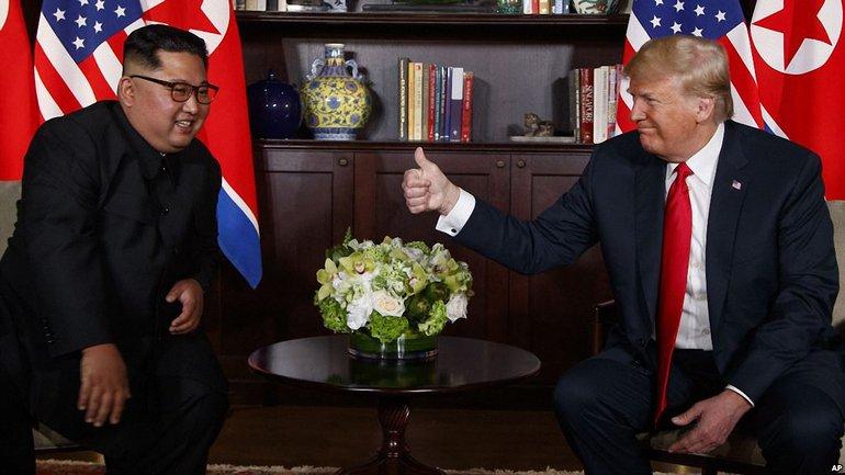 В Белом доме обсуждают вопрос о новой встрече Трампа с Ким Чен Ыном - фото 1