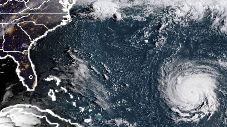 Ураган «Флоренс» достиг побережья США: по меньшей мере 5 человек погибли - фото 1