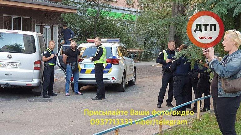 ВКиеве задержали иностранцев соружием