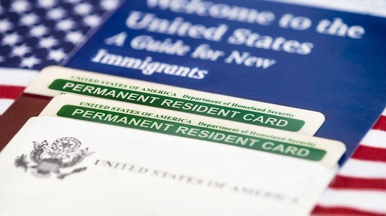 США планируют изменить правила выдачи грин-карт - фото 1