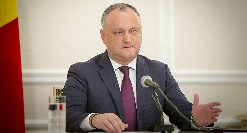 Додон отказался повторно утвердить кандидатуры Сильвии Раду и Николая Чубука на должности министров - фото 1