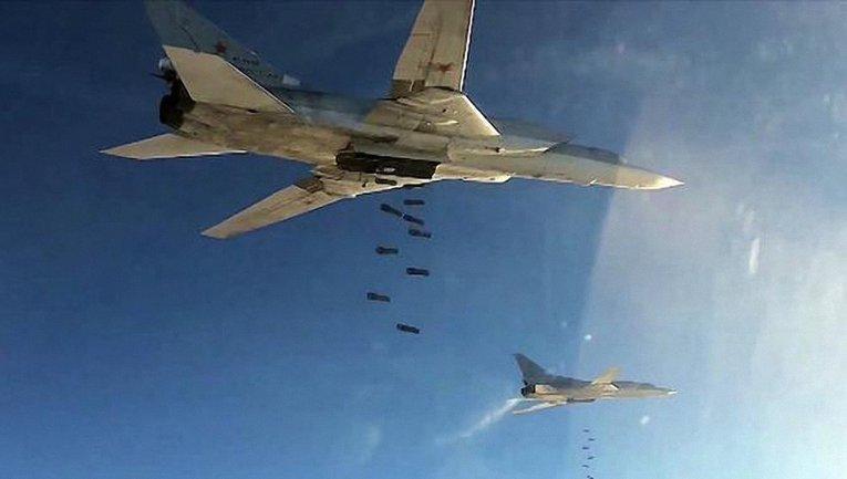 Русские бомбят Черное море - фото 1