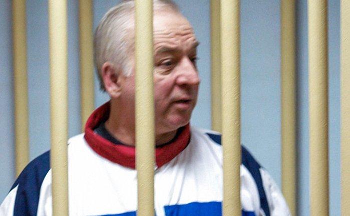 В 2004 году Сергея Скрипаля задержали за работу на британскую разведку MI6 - фото 1
