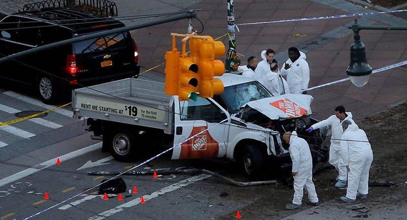 Прокуроры в США требуют смертной казни для террориста, который насмерть сбил 8 человек - фото 1