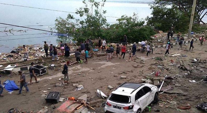 Землетрясение и цунами в Индонезии: число погибших возросло до 832 - фото 1