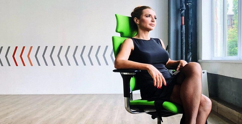Оксана Марченко запустила себе проплаченную рекламу в соцсетях - фото 1
