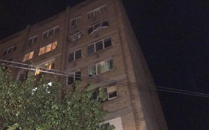 На Борщаговке в многоэтажке произошел взрыв газа - фото 1