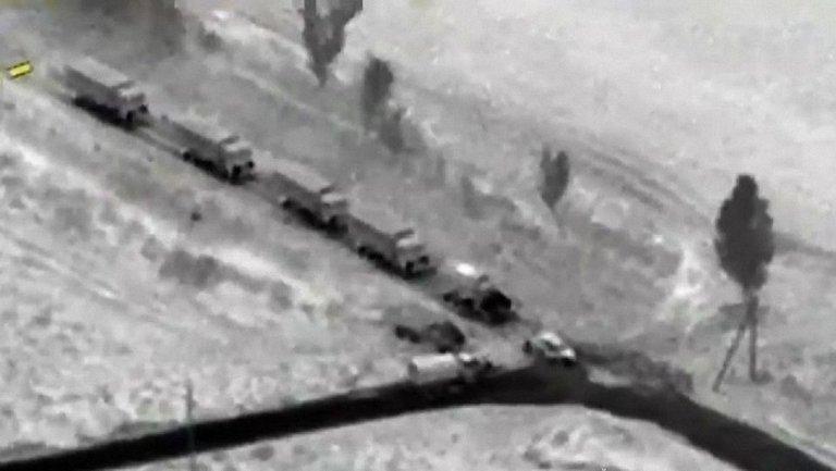 На Донбассе зафиксировали колонны грузовиков боевиков - фото 1