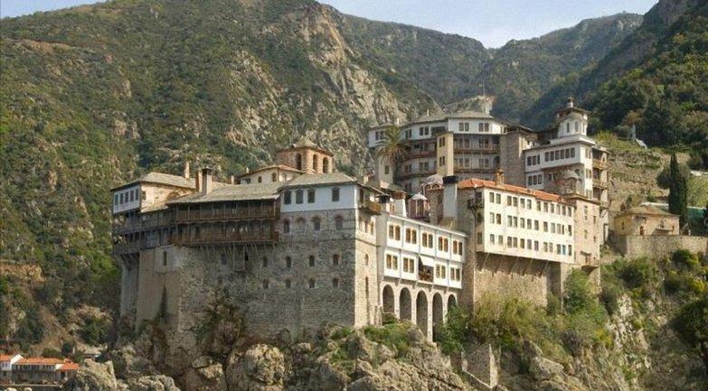 """Гора Афон - это каноническая территория Константинополя """"со всеми вытекающими последствиями"""" - фото 1"""