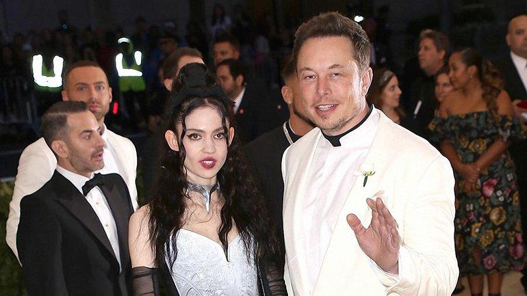 Достаточно влюблен: Илон Маск проведет праздники в компании новой девушки и детей - фото 1
