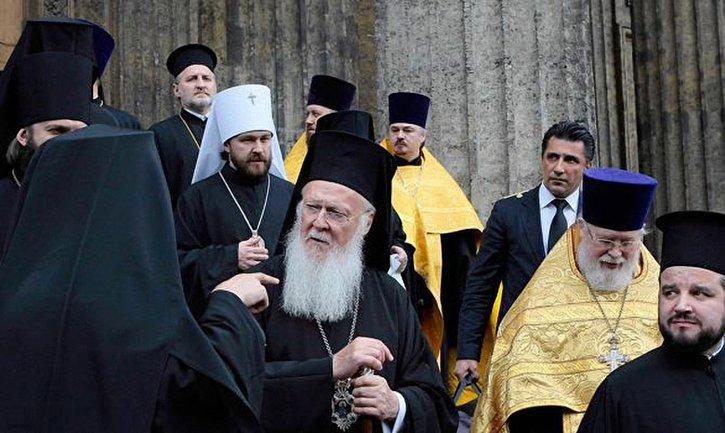 Вселенский патриархат не разрывает отношения с РПЦ - фото 1
