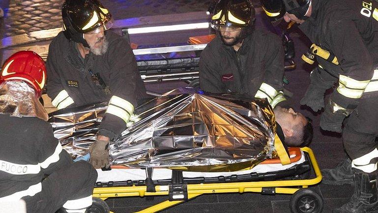 Россияне обрушили эскалатор в метро Рима - фото 1