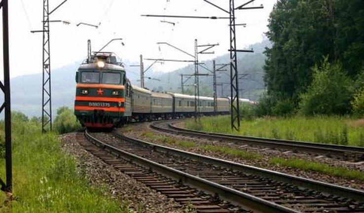 Ученица 10 класса погибла под поездом - фото 1