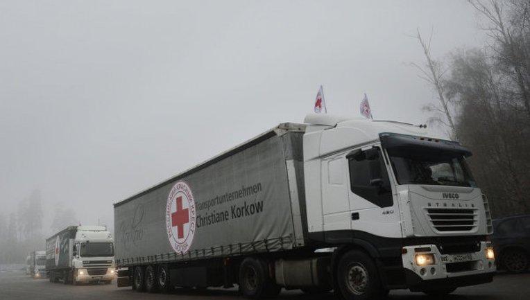 Красний крест отправил на Донбасс 160 тонн стройматериалов - фото 1