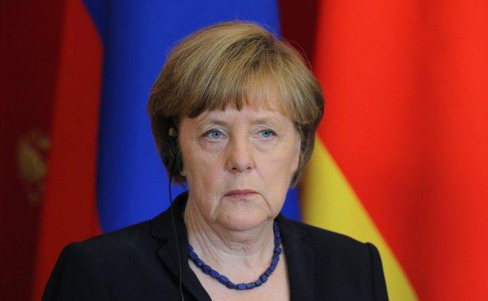 Рейтинг партии Меркель упал до минимума - фото 1