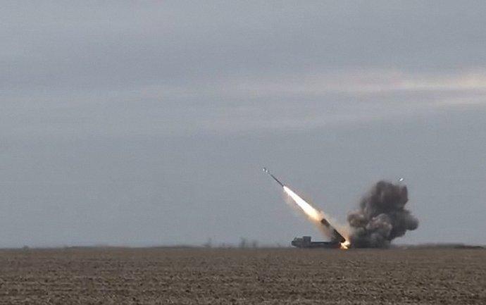 Украина будет испытывать управляемые ракеты ЗРК - фото 1