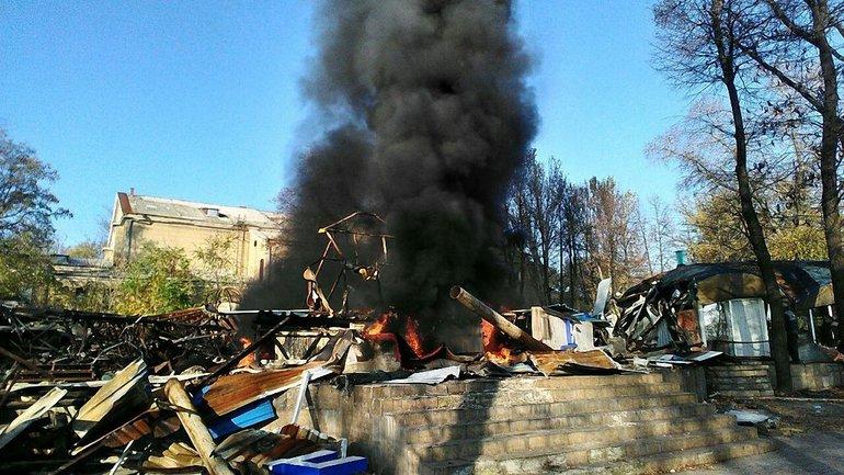 """От дельфинария """"Немо"""" в Донецке остался лишь фундамент - фото 1"""