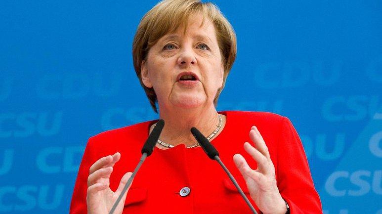 """Европадолжнарассмотреть идею создания """"настоящей европейской армии"""" - фото 1"""
